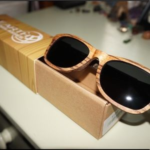 """Earth wooden sunglasses """"Tide"""" collection"""